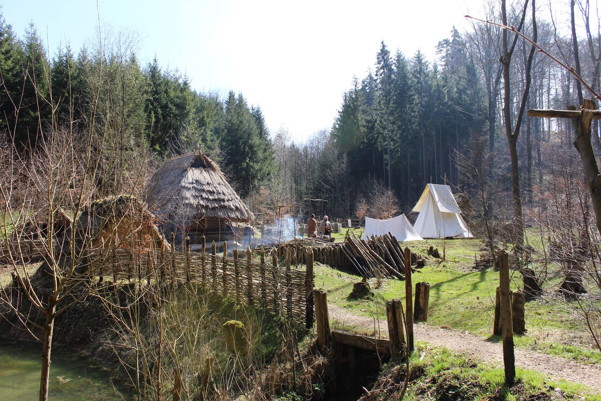 Osada Křivolík (zdroj: FB)