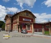 Vlakové a autobusové nádraží