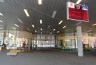 Přední vchod autobusového nádraží