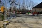 Přilehlé veřejné dětské hřiště