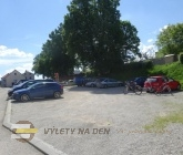 Parkoviště v Nové Bystřici