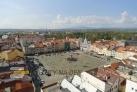 Pohled na náměstí z Černé věže.