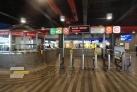 Stanice metra C Hlavní nádraží v budove