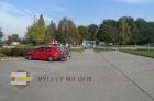 Přilehlé parkoviště