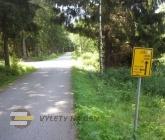 Odbočka na Medvědí stezku a Schwarzenberský kanál