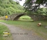 Žižkův most a přírodní rezervace Kněží hora